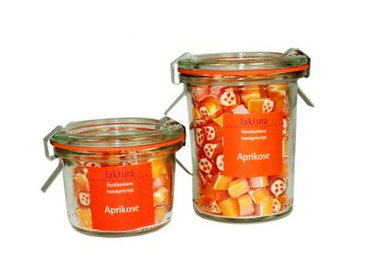 großes und kleines Weck-Glas mit Rockbonbons der Sorte Aprikose